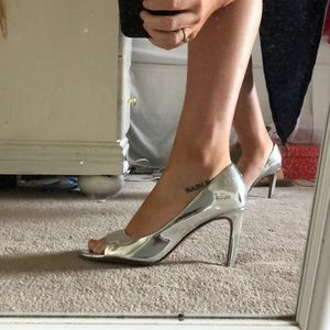 FRENCH CONNECTION mirror heels
